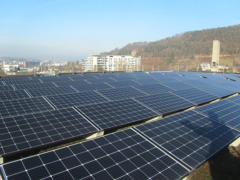 Basellandschaftliche Kantonalbank 83 kWp